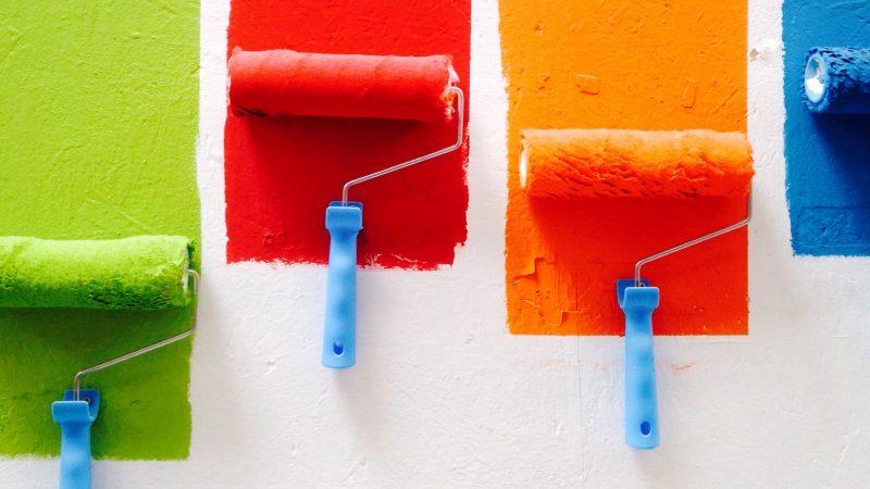 Apprendre à mettre de la couleur au mur