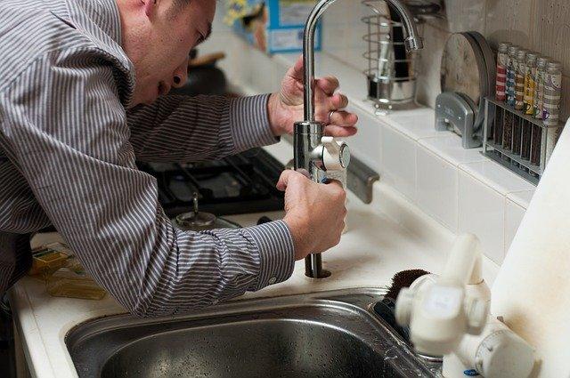 Un souci avec votre plomberie : quelle est l'attitude à adopter?